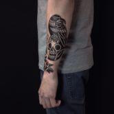 Tattoojoris skull crow tattoo